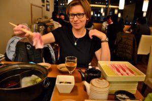 Saskia Hohe beim Shabu Shabu in Kurashiki Japan