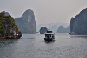 Halong Bay Bucht in Vietnam UNESCO World Heritage