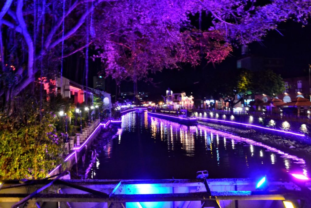 UNESCO Melaka bridge at night - Malaysia Travel Tips
