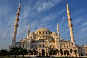sheikh zayed mosque Fujairah central Mosque zentralmoschee